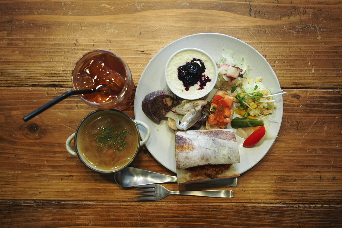 lunchplate1601131
